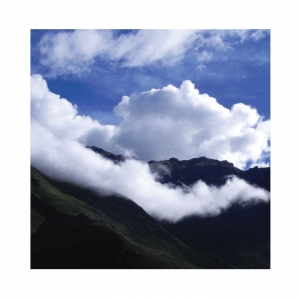 MR photo Peru mountain clouds
